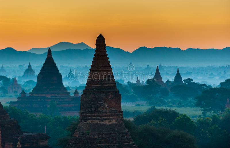 nad wschód słońca antyczny bagan Myanmar zdjęcia royalty free