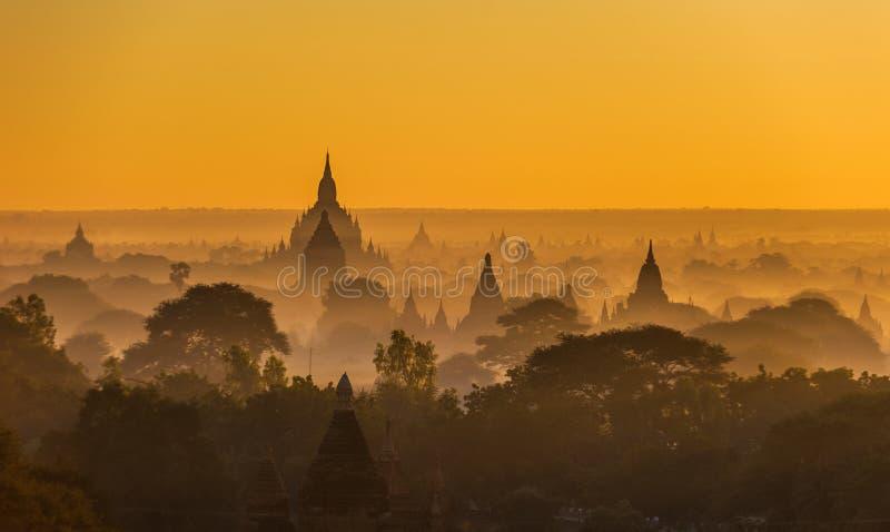nad wschód słońca antyczny bagan Myanmar fotografia stock