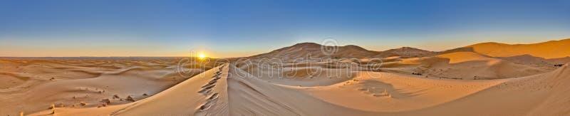 nad wzrosta słońcem chebbi erg Morocco obrazy royalty free