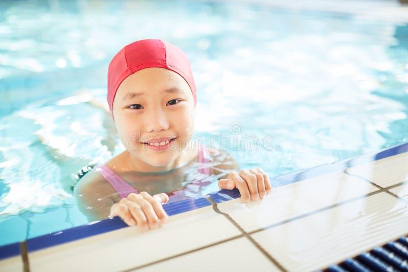 Nadador asiático foto de stock royalty free