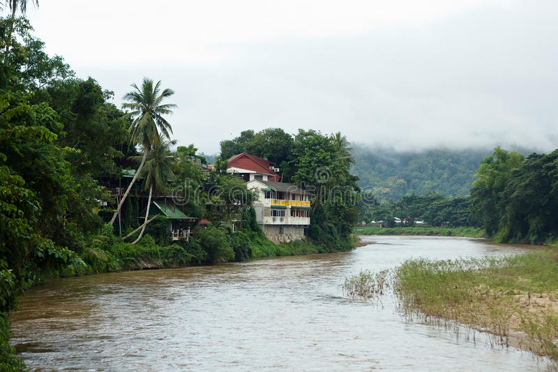Nadbrzeże rzeki dom obraz stock