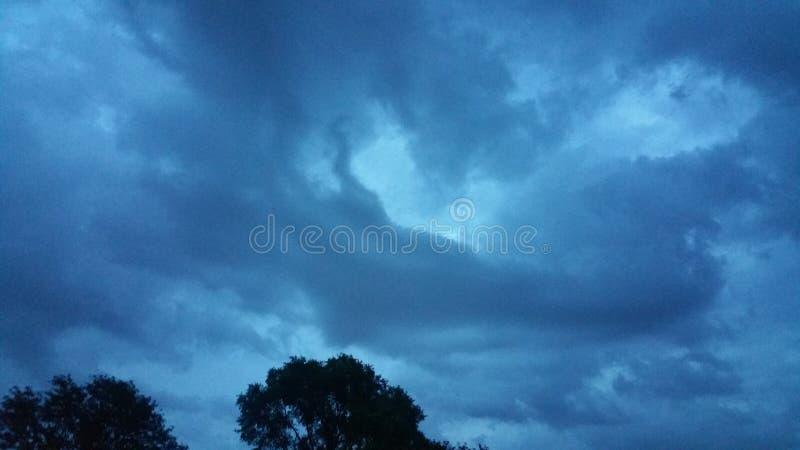 nadchodząca burza obrazy stock