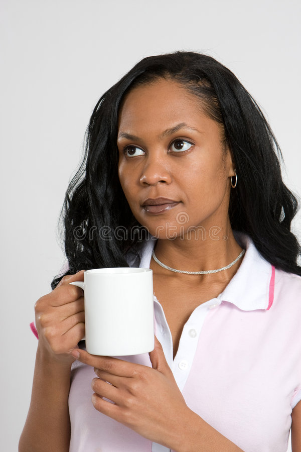 Nadenkende Vrouw met Koffie royalty-vrije stock afbeeldingen