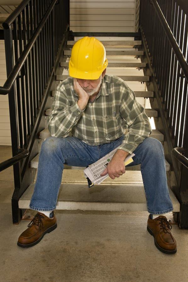 Nadie está contratando al trabajador despedido foto de archivo libre de regalías