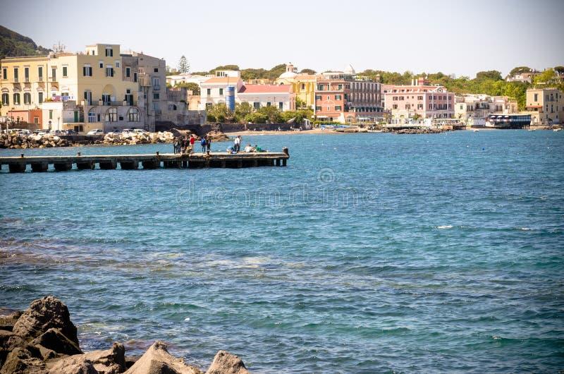 Nadmorski wioska Ischia Ponte zdjęcie royalty free