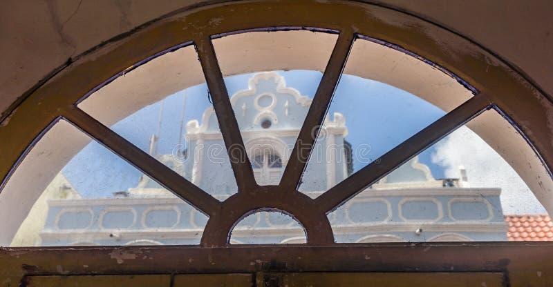 Nadokienny widok starzy budynku Punda Curacao widoki - zdjęcie stock