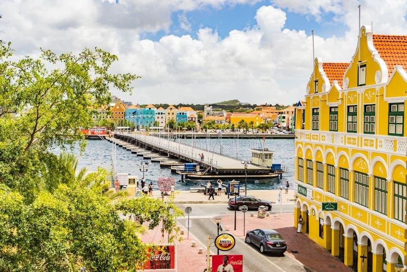 Nadokienny widoku puszek Punda nabrzeża Curacao widoki fotografia stock