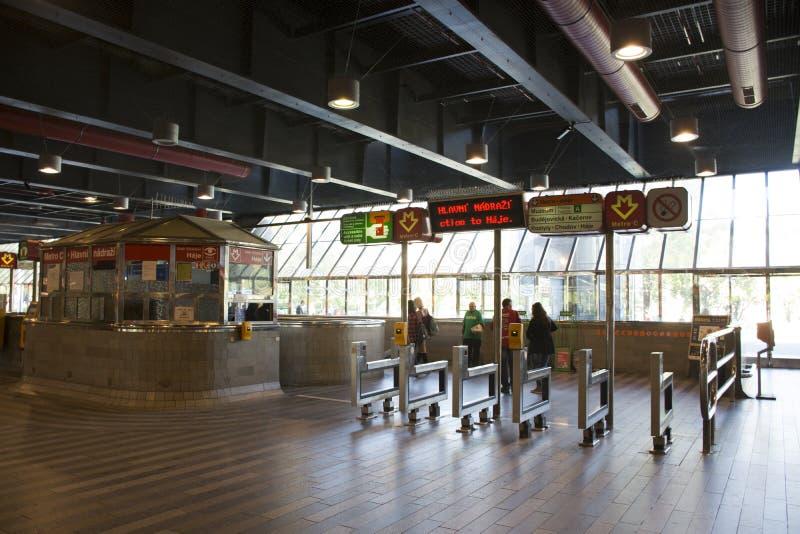 Nadrazi hlavni железнодорожного вокзала или praha Праги главное в Праге, чехии стоковое изображение rf