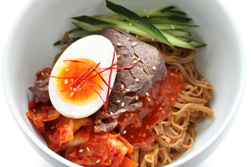 Naengmyeon de Bibim photographie stock