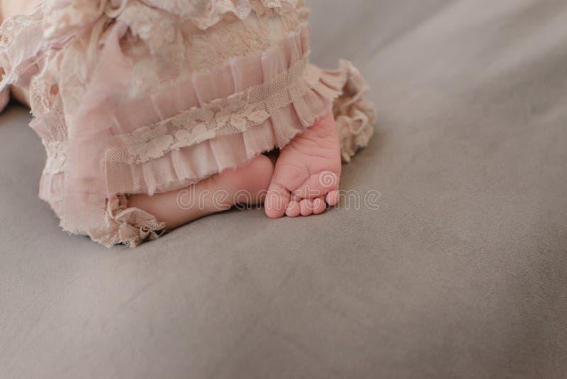 Naga stopa dziecko obrazy royalty free