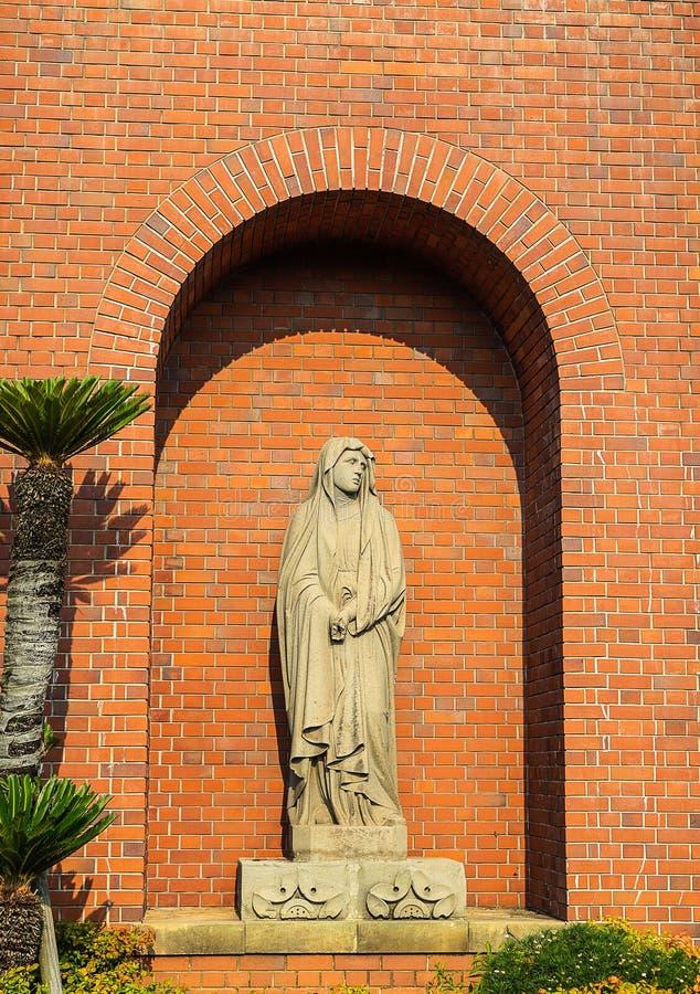 Nagasaki, Japão - 14 de julho de 2018: Estátua da Virgem Maria em Uraka imagem de stock royalty free