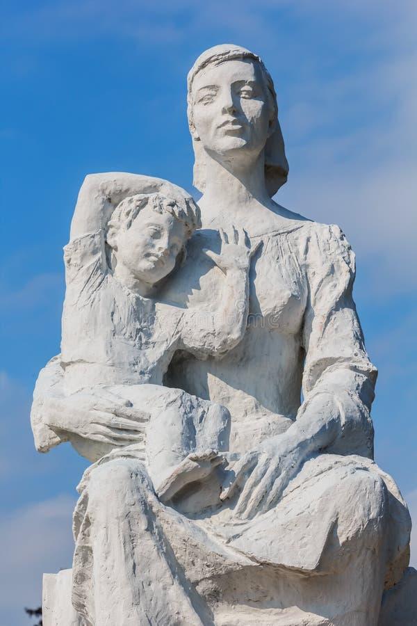 Nagasaki, Japón - 14 de noviembre de 2013: Estatua de la paz de la O.N.U foto de archivo libre de regalías