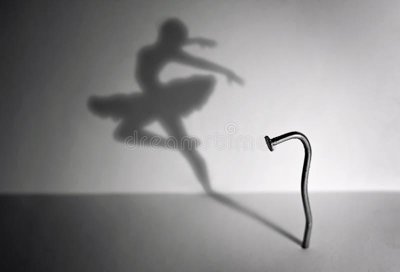 Nagel und ein Tänzer stockfotos