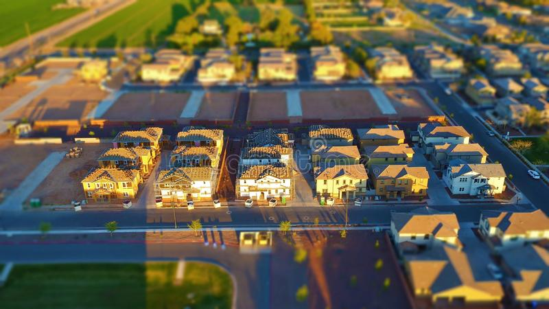 Nagelneuer Effekt der Haus-im Bau - Miniaturwelt(Neigung-Verschiebung) lizenzfreie stockbilder