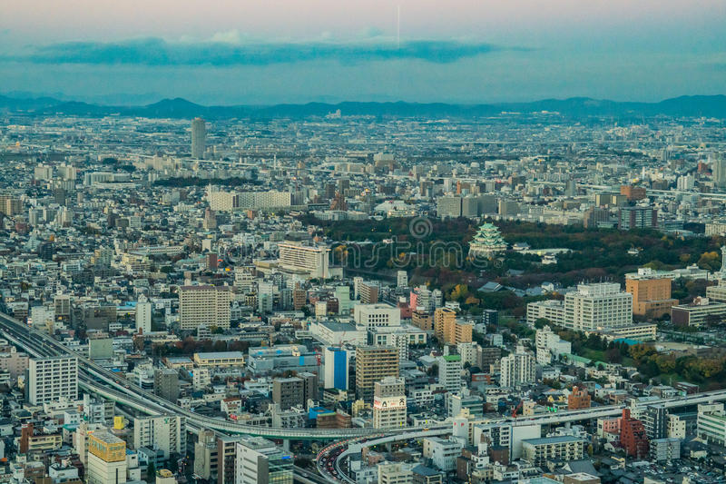 Nagoya, Japan - stad in het gebied van Chubu Luchtmening met sk stock foto's