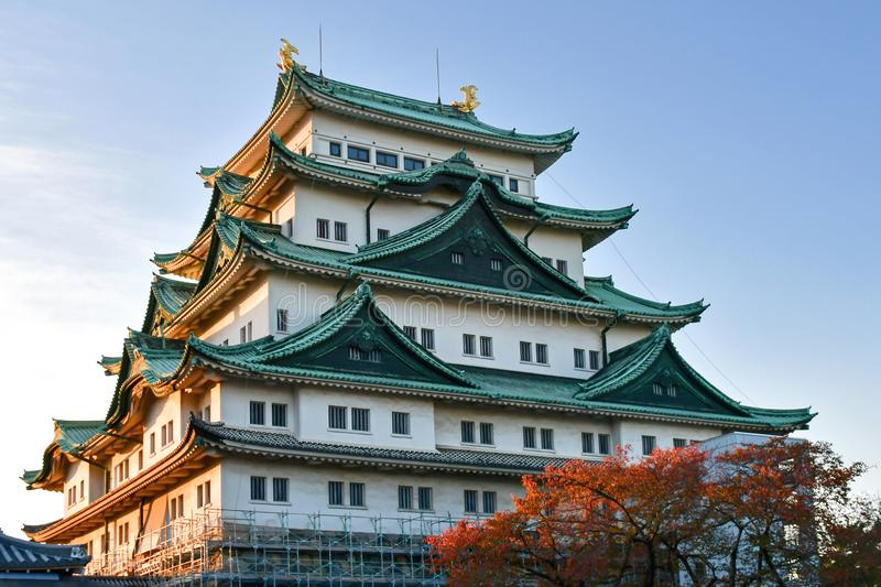 Nagoya-Schloss halten am Abend lizenzfreies stockfoto