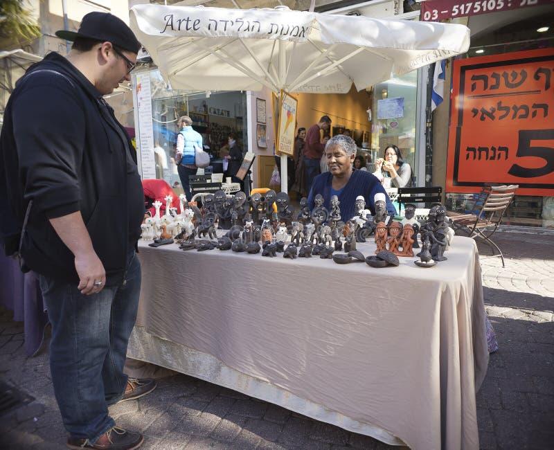 Nahalat Binyamin hand - gjord marknad Israel arkivbilder