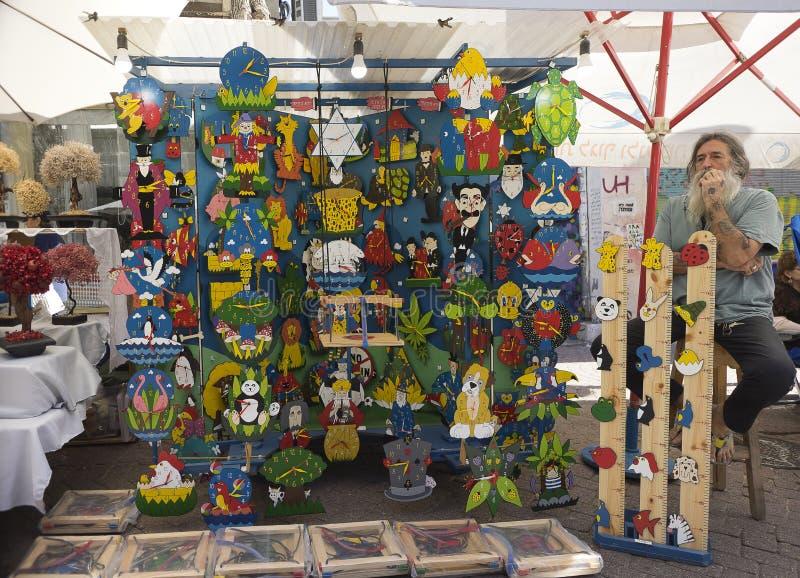Nahalat Binyamin hand - gjord marknad Israel royaltyfria foton