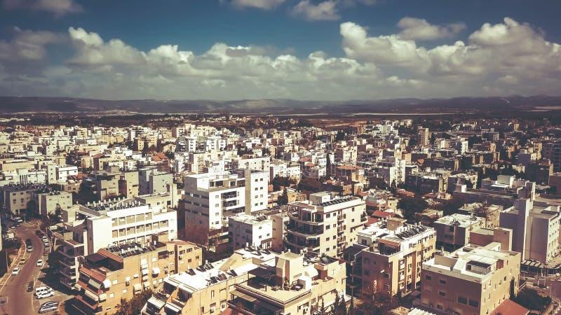 NAHARIYA, 9 ISRAËL-MAART, 2018: Luchtmening aan de stad van Nahariya, Israël royalty-vrije stock foto