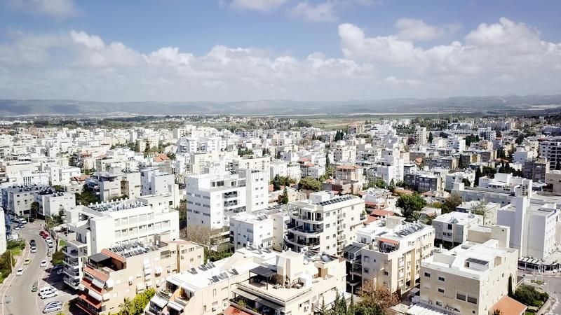 NAHARIYA, ISRAELE 9 MARZO 2018: Vista aerea alla città di Nahariya, Israele immagine stock