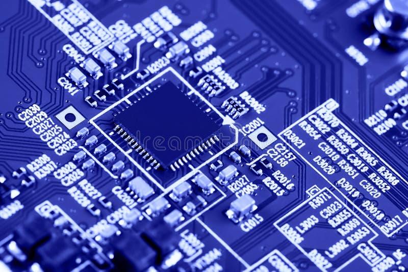 Nahaufnahme der elektronischen Leiterkarte High-Tech-Platine stockfotografie