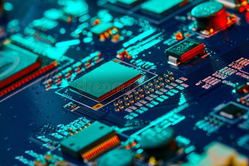 Nahaufnahme der elektronischen Leiterkarte High-Tech-Platine lizenzfreies stockbild