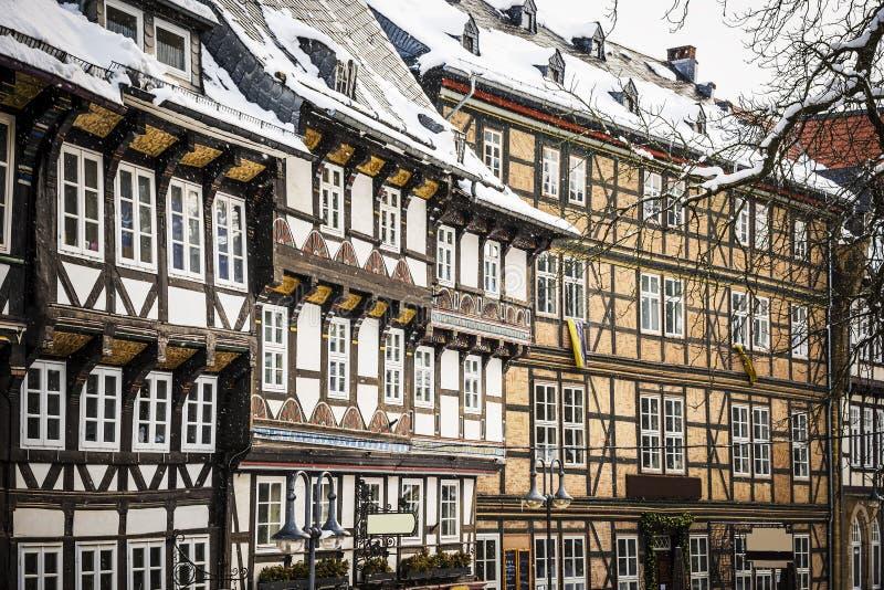 Nahaufnahme Hälfte-zimmerte Häuser in Goslar, Deutschland stockbilder