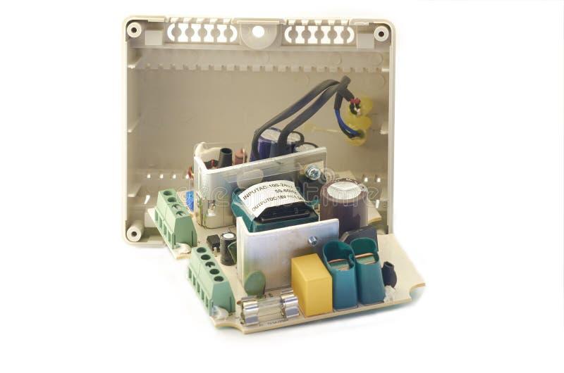 Nahaufnahme der Videowechselsprechanlagenstromversorgung, Komponenten stockfotografie