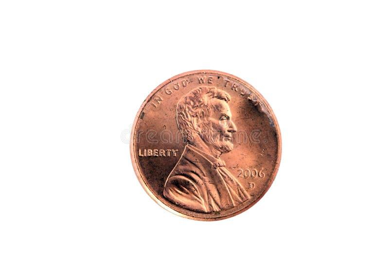 Nahaufnahme des einzelnen US-Pennys auf weißem Hintergrund lizenzfreie stockfotografie