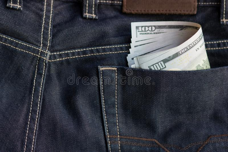 Nahaufnahme des Geldes im Taschenhintergrundtext-Raumbild lizenzfreie stockfotografie