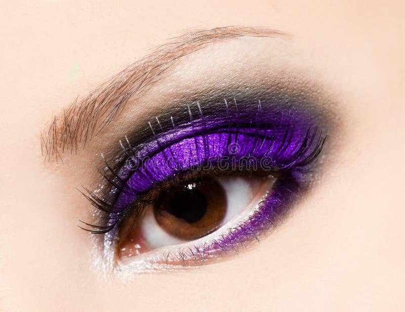 Nahaufnahme des schönen Auges lizenzfreie stockbilder