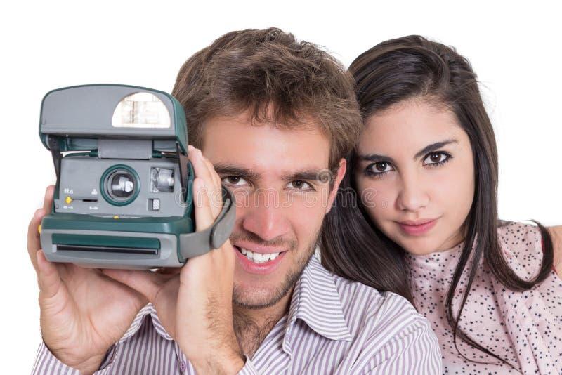 Nahaufnahme des schönen Mädchens und der attraktiven Mannanwendung stockbild