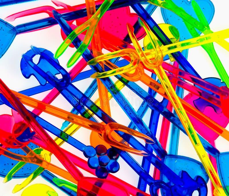 Nahaufnahme farbige Plastikgabeln lizenzfreie stockfotos