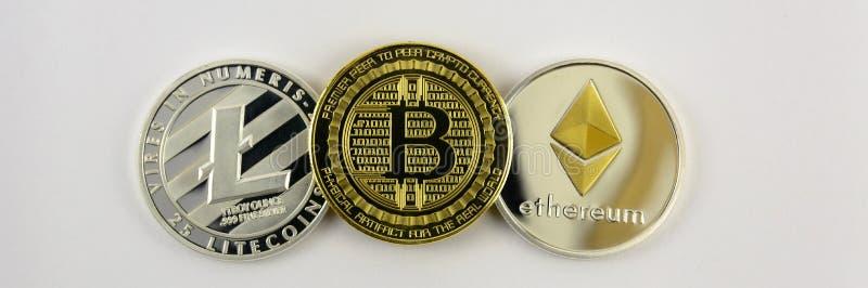Nahaufnahme Litecoin, des bitcoin und des etherium stockfotografie