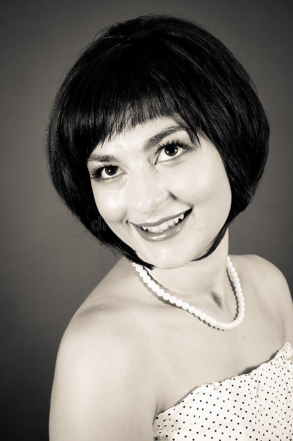 Nahaufnahme portrai einer attraktiven jungen Frau stockfotografie