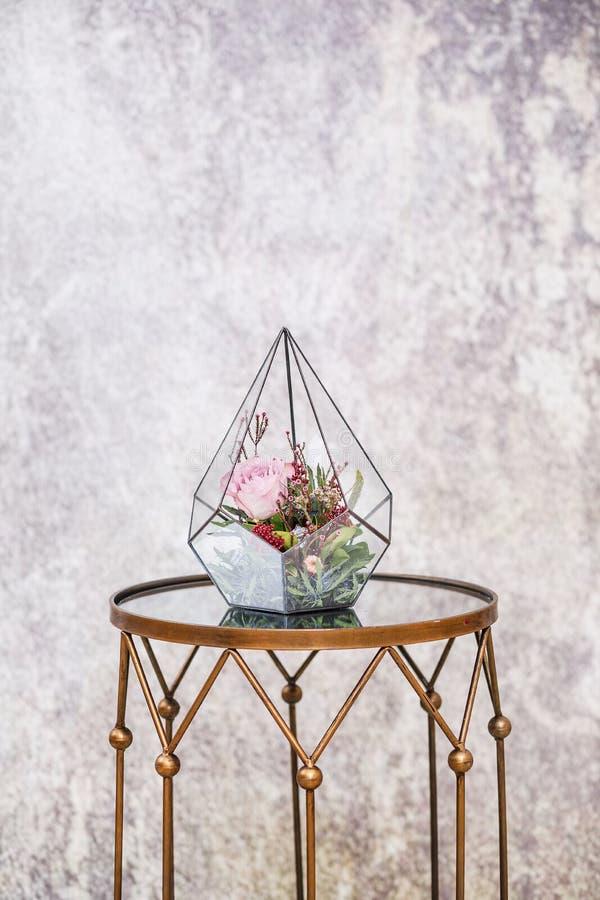 Nahaufnahme Schöner Blumenstrauß von frischen Blumen lizenzfreie stockfotos