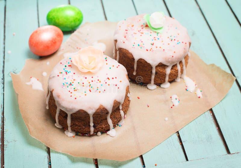 Nahaufnahme von Flammkuchen oder von traditioneller elsässischer Torte, scharfes Flambe lizenzfreies stockfoto