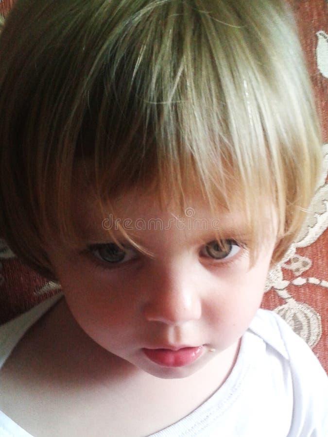 Nahaufnahmegesicht, kleines Mädchen stockfotografie
