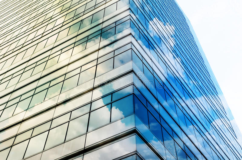 Nahaufnahmeglas moderne Geschäftsgebäudewolkenkratzer, Geschäft lizenzfreie stockfotografie