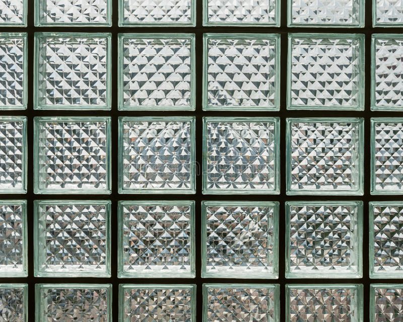 Nahaufnahmeglasblockwand lizenzfreie stockfotos