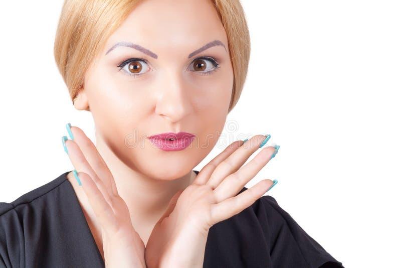 Nahaufnahmeporträt der überraschten Schönheit lizenzfreies stockfoto