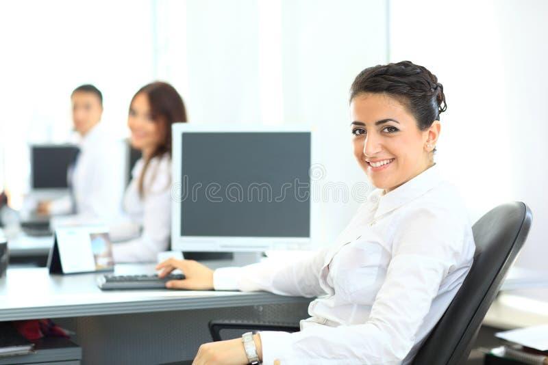 Download Nahaufnahmeporträt Der Geschäftsfrau Stockbild - Bild von nahaufnahme, frau: 26373379