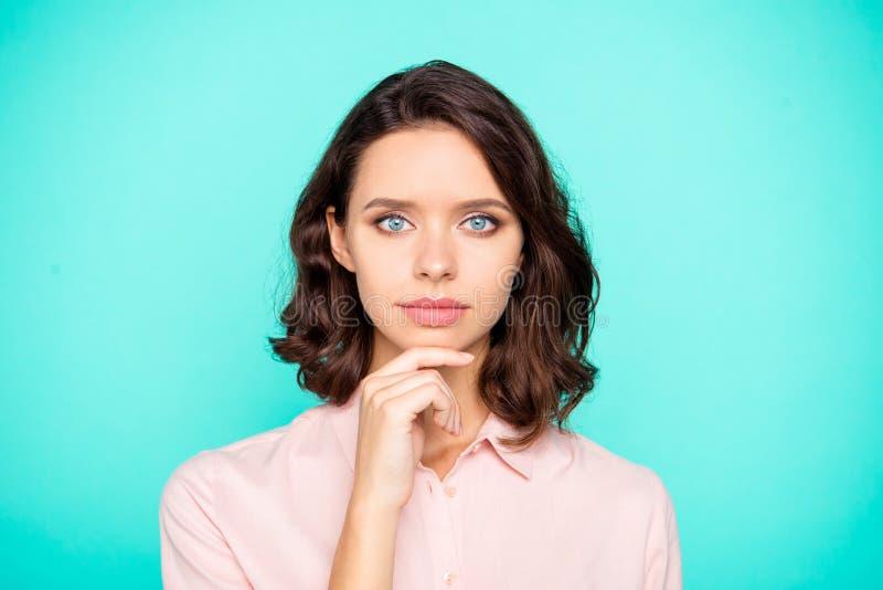 Nahaufnahmeporträt netter netter Inhalt reizenden attraktiven charmin stockbilder