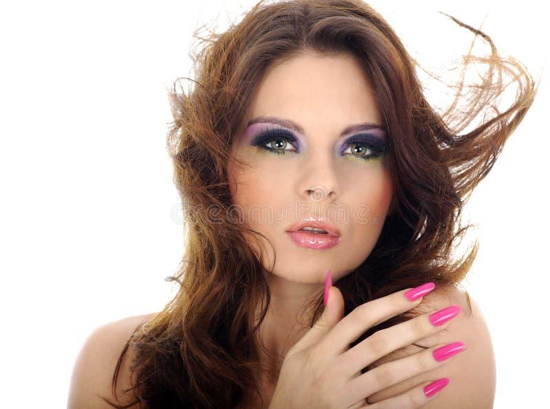 Nahaufnahmeportrait der schönen Frau mit professi stockbild