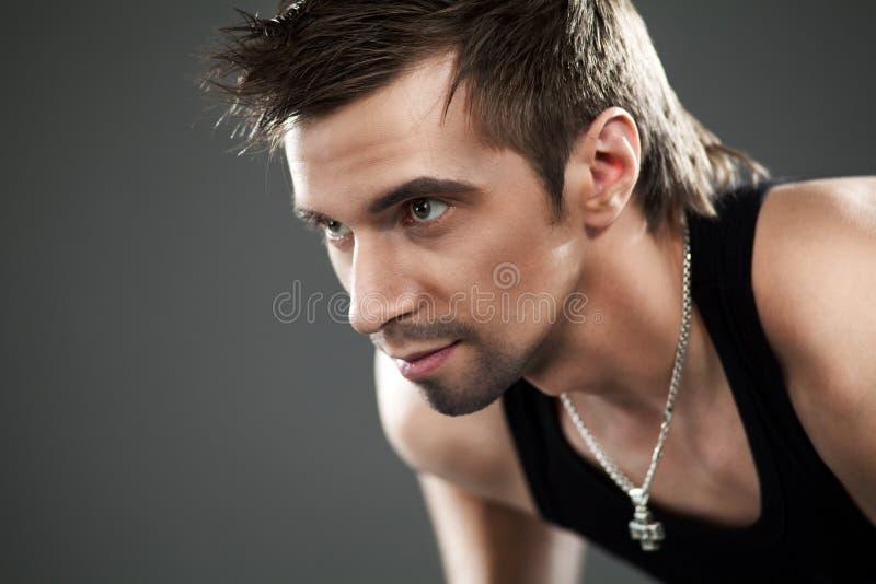 Nahaufnahmeportrait des Mannes lizenzfreie stockbilder
