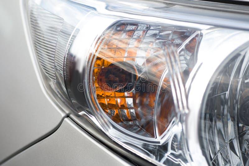 Nahaufnahmescheinwerfer Modernes Auto Konzept des teuren Autos stockbilder
