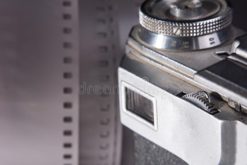 Nahaufnahmesucher einer alten Filmkamera stockfotografie
