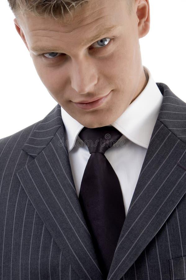 Nahe Ansicht des stattlichen jungen Geschäftsmannes stockfotos