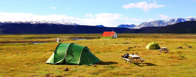 Nahe Hvitarnes-H?tte kampieren, Island lizenzfreies stockfoto