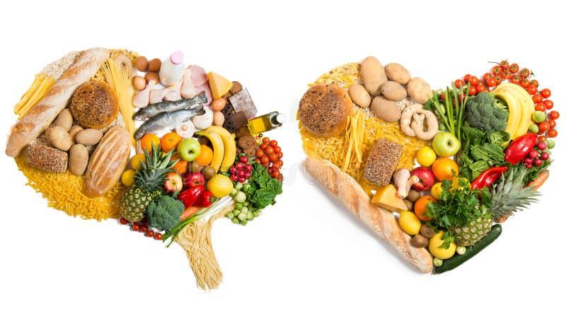 Nahrung in einer Form eines Gehirns und des Herzens stockbilder